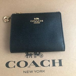 Authentic Coach Small Snap Wallet Black NWT